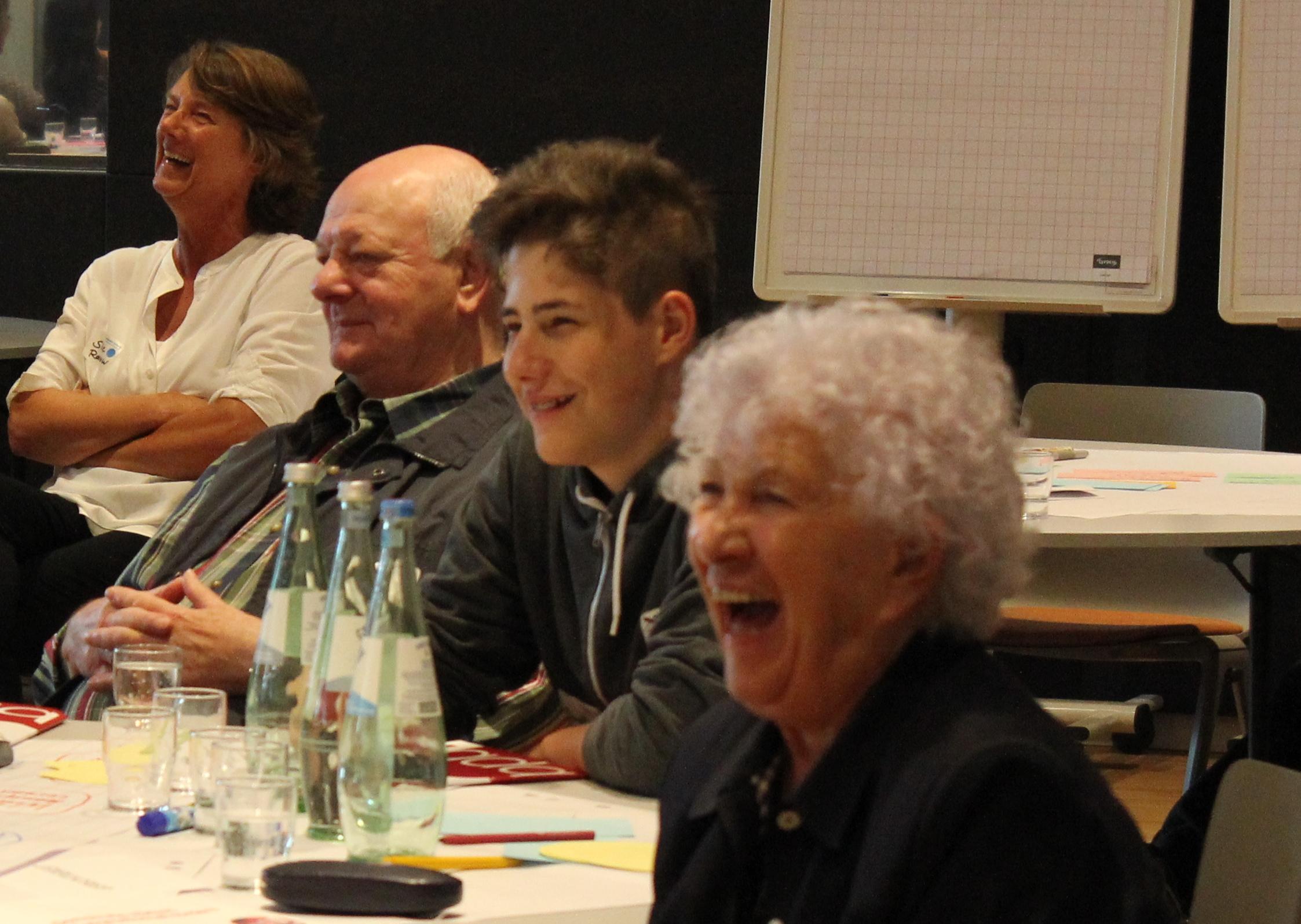 19IMG_04411_lachen Der Generationen