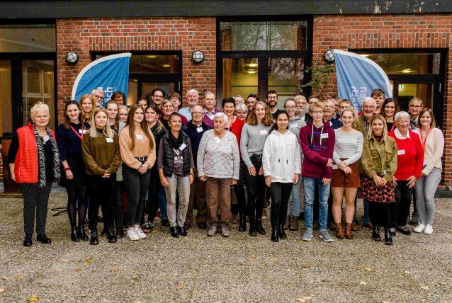Gruppenbild aller Teilnehmenden in Neumünster