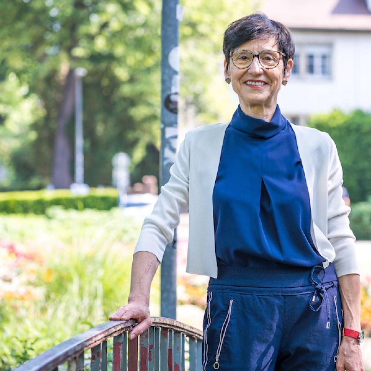 Ria Hinken, Alterspezialistin Für Digitalisierung